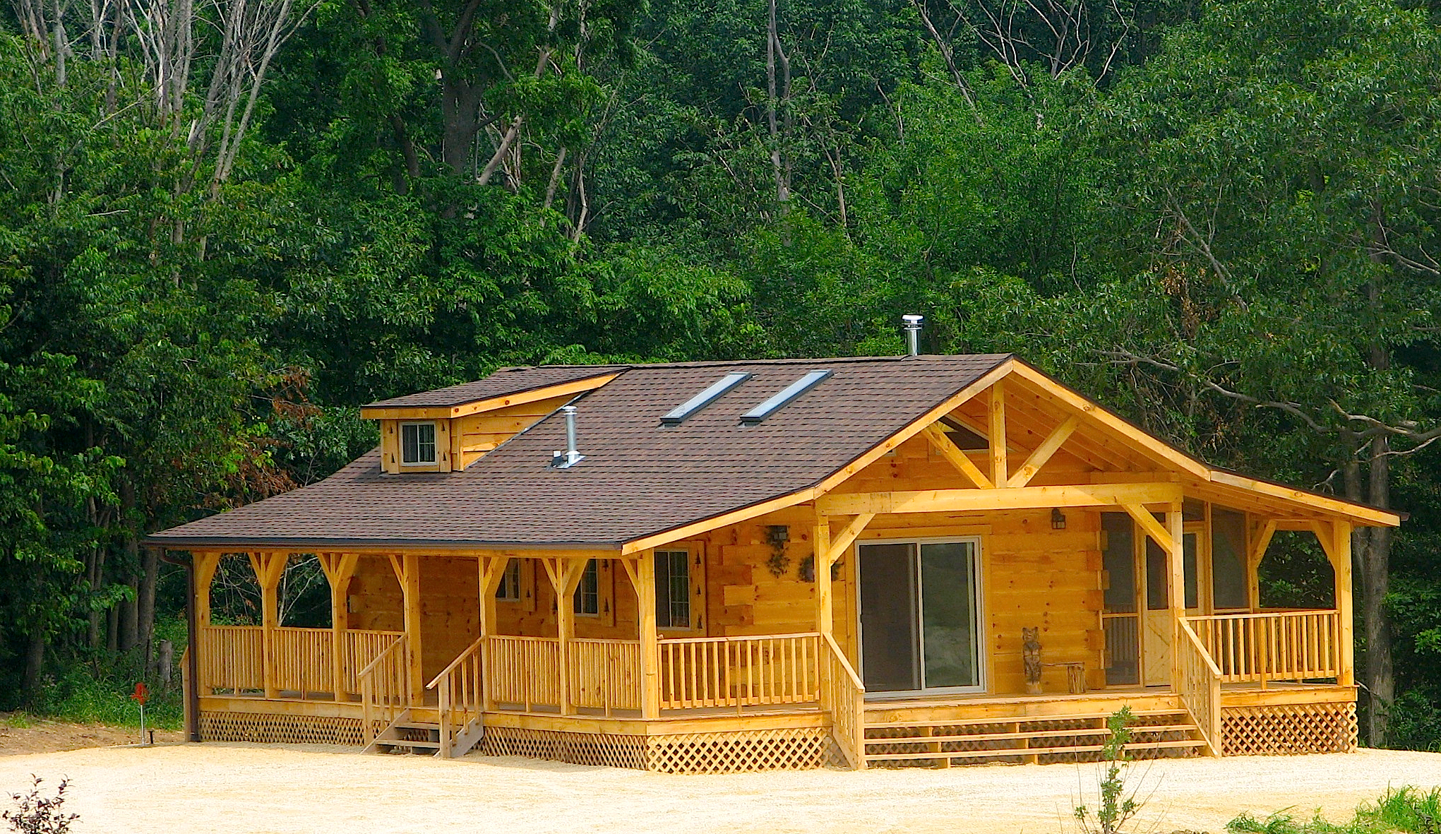 with great nestled sherrill cabin at rent landing in cabins cottage finleys to rental valley iowa springtime the