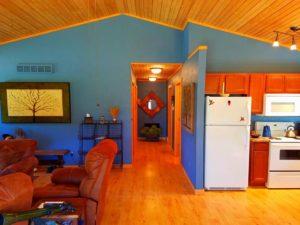 Trout Lodge Log Cabin   Iowa Cabin Rentals