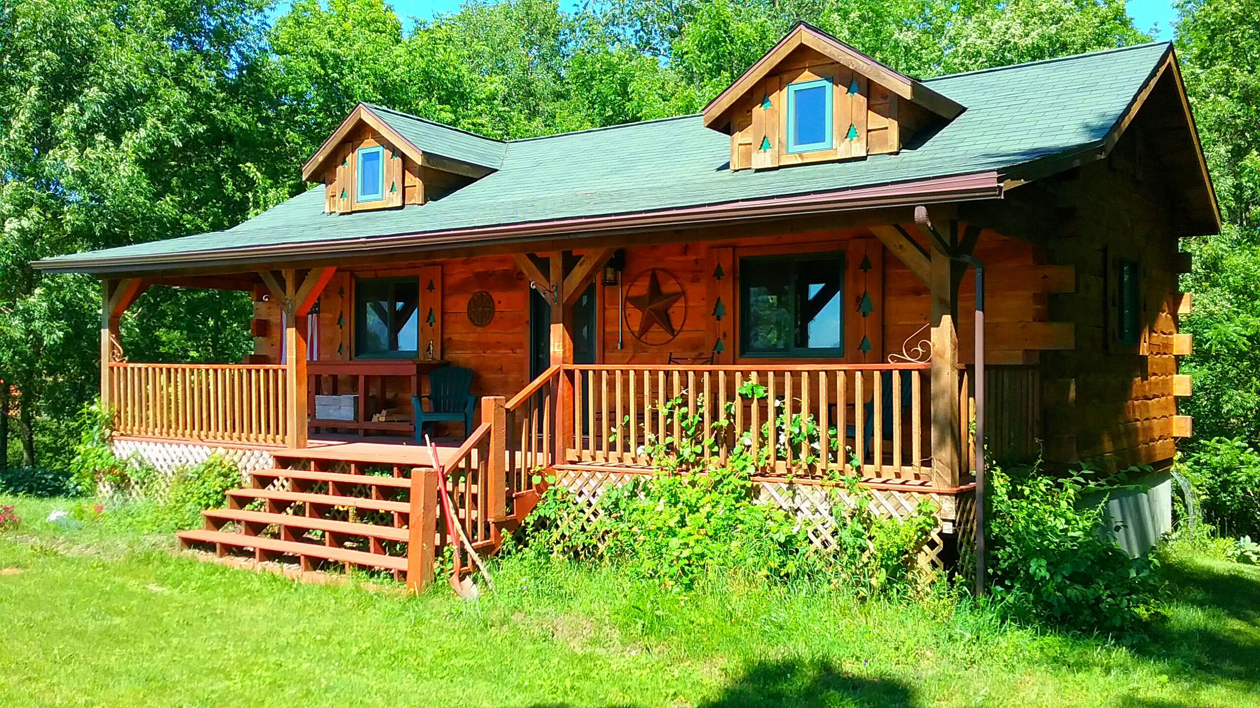 Chestnut Hill 2 Bedroom Log Cabin Iowa Cabin Rentals