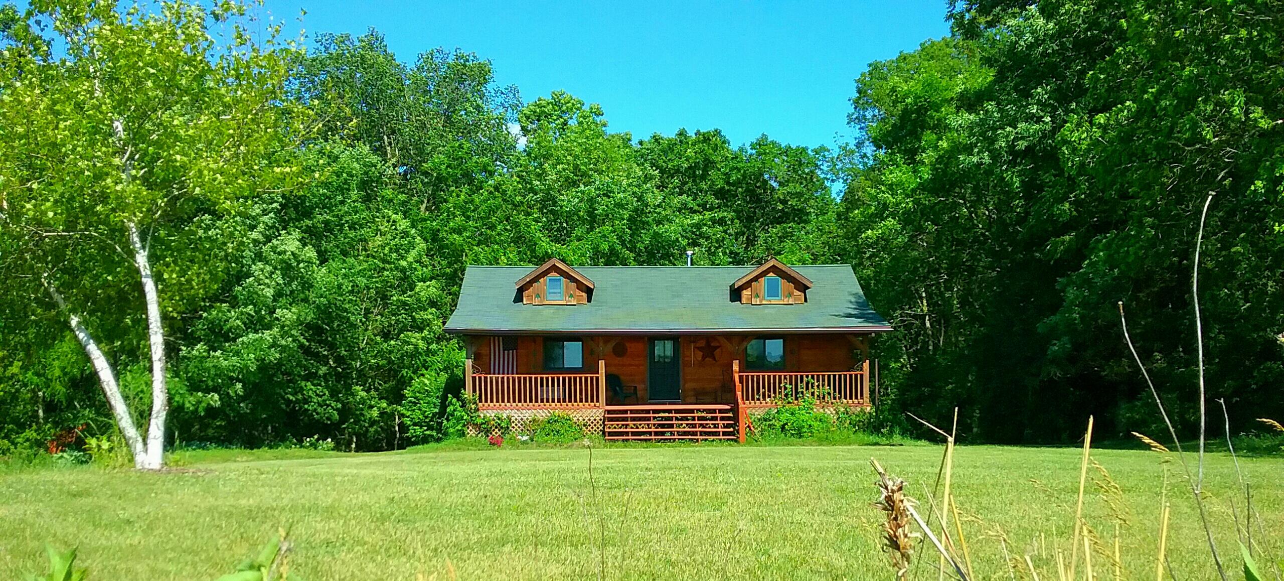 chestnut hill 2 bedroom log cabin
